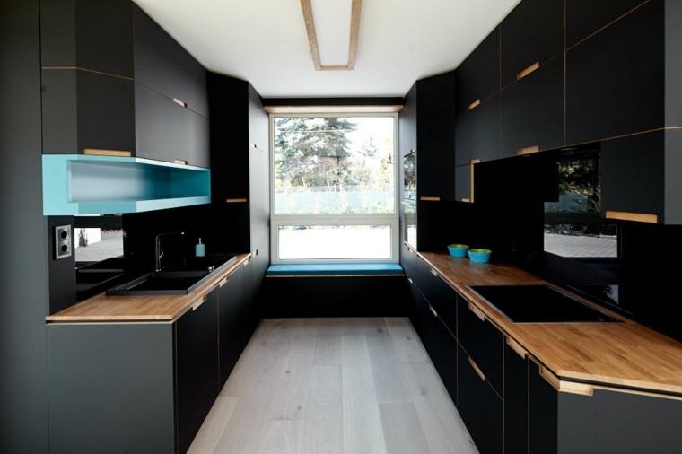 Dise os de cocinas modernas en negro con detalles de madera - Disenador de cocinas online ...