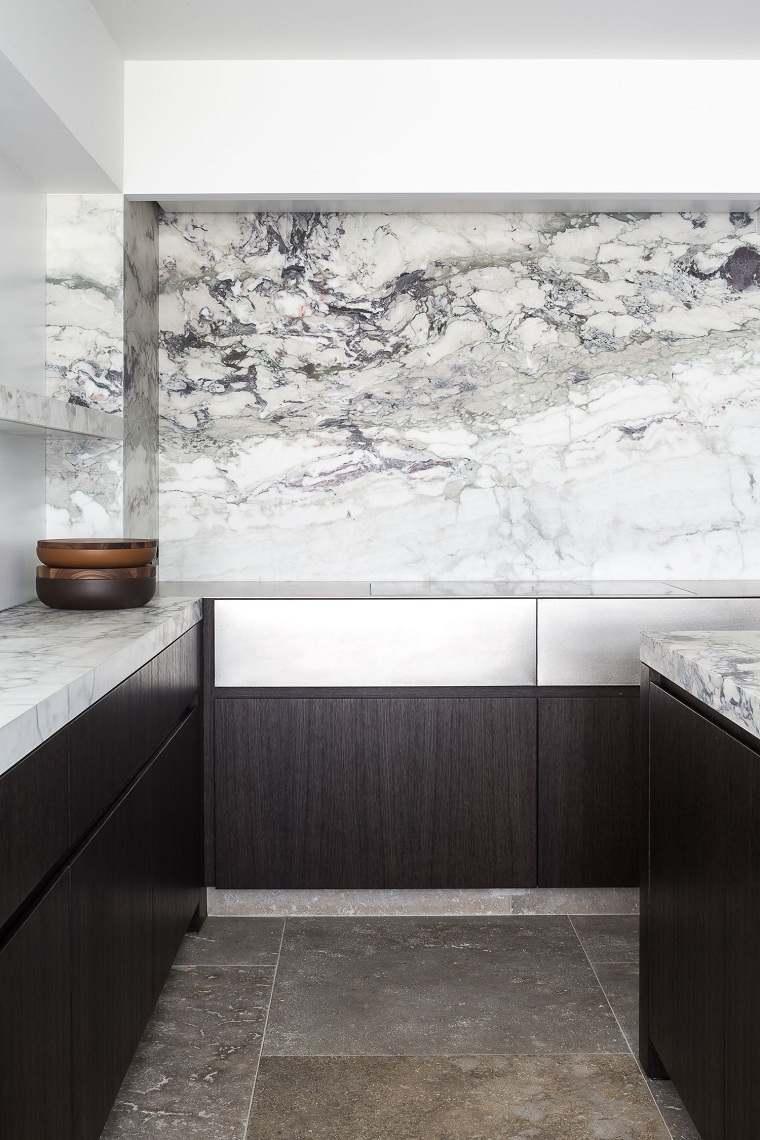cocina-marmol-opciones-diseno-minimalista