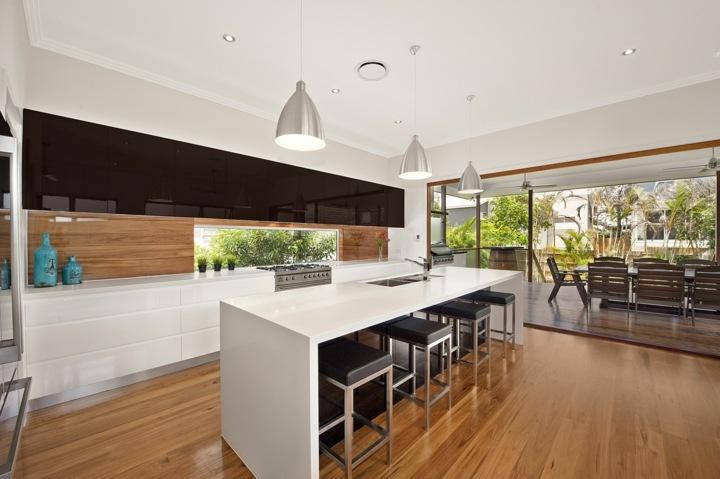 cocina moderna salpicadero madera