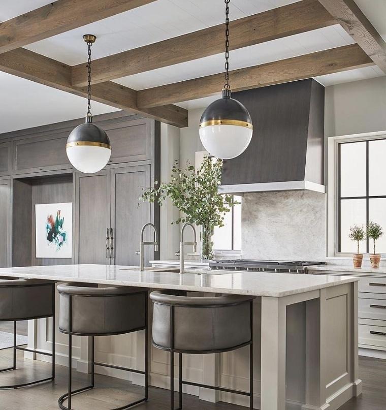 cocina-muebles-color-gris-salpicadero-marmol