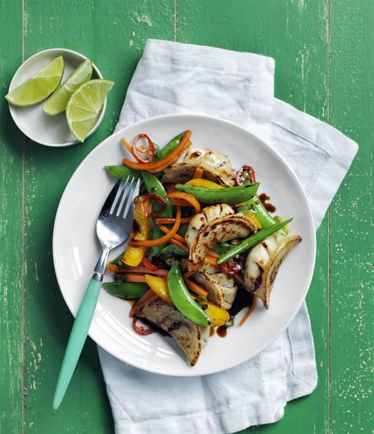 comidas fáciles y ricas verduras-salteadas