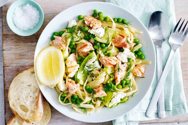 como hacer espagueti blanco-salmon-casa