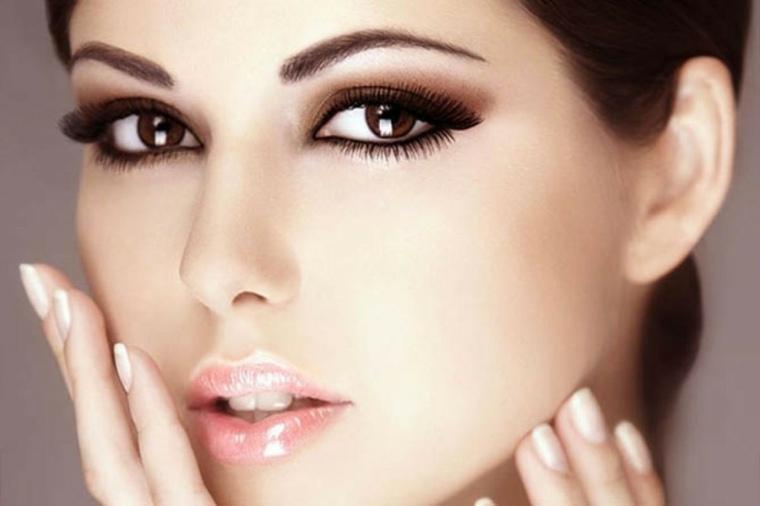 como maquillarse natural-ojos-discretos-verano