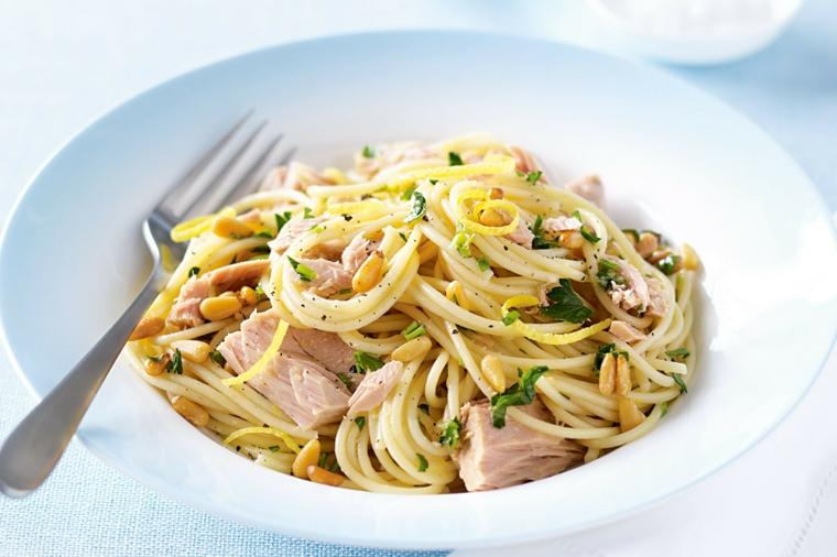 como preparar espagueti-atun-casa