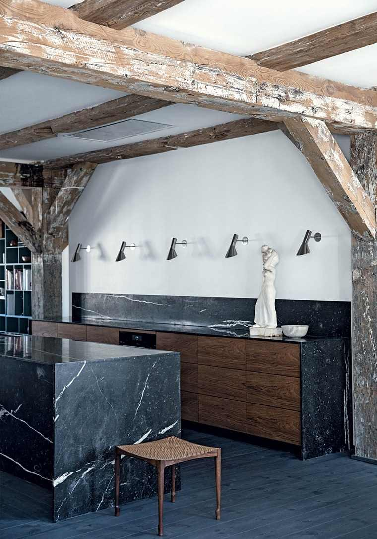decoracion-para-cocinas-vigas-madera-marmol