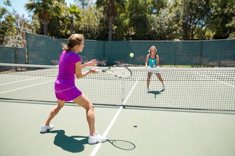 ejercicios para adelgazar tenis