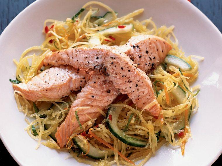 espagueti blanco-preparado-salmon-casa