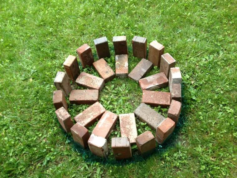 forma-piezas-ladrillos-rojos