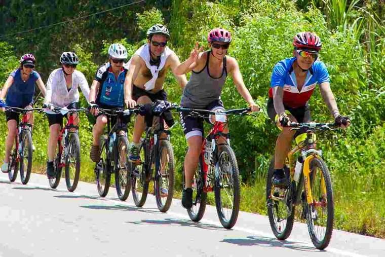 grupo-de-ciclistas