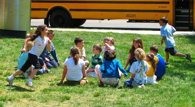 juegos infantiles al-aire-libre