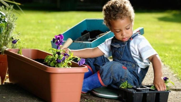 juegos infantiles jardinería