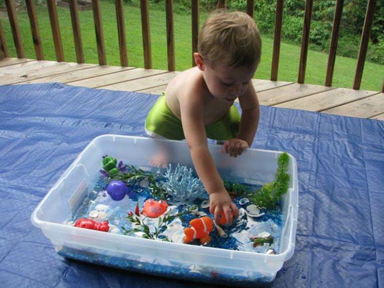 juegos para niños de un año-agua