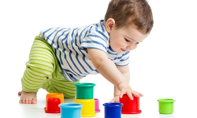 juegos para niños de un año colores