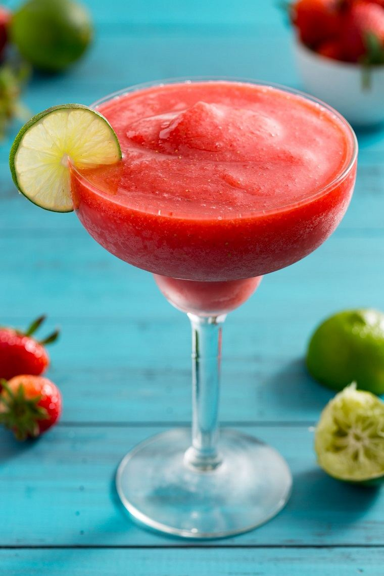 las mejores recetas de cócteles-daiquiri-fresas