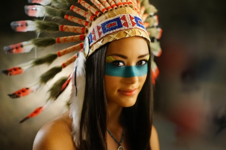 maquillaje de ojos-cara-indigena-mujeres