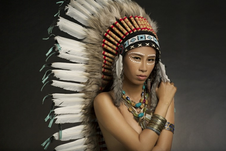 maquillaje para ojos-cara-indigena-carnaval