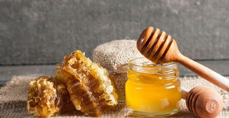 mascarillas caseras para la cara-coco-miel-ideas