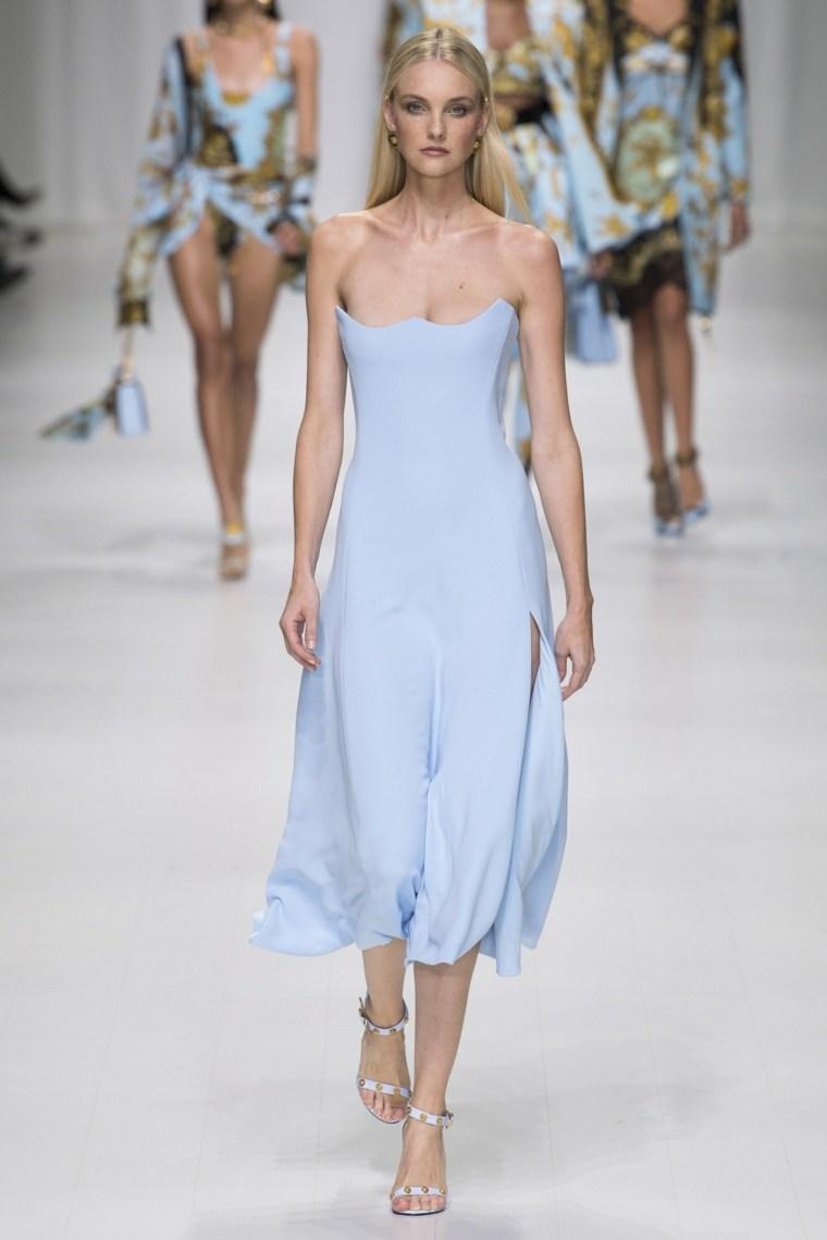 moda-para-mujer-colores-ideas-azul-cielo-Versace