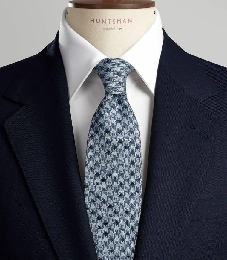 Como hacer nudo de corbata los diez nudos m s comunes de for Nudos de corbata modernos