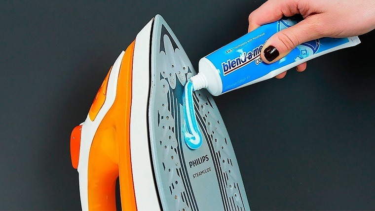 pasta-dientes-limpiar-plancha-ideas