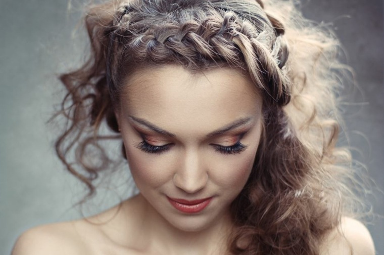peinados lindos y faciles-playa-trenzа