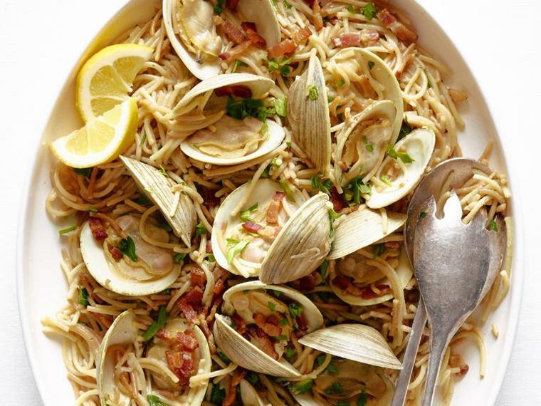 recetas faciles-espagueti-almejas-casa