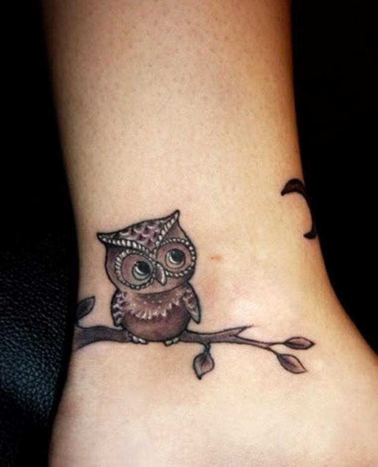 tatuaje-de-buho-pequeño