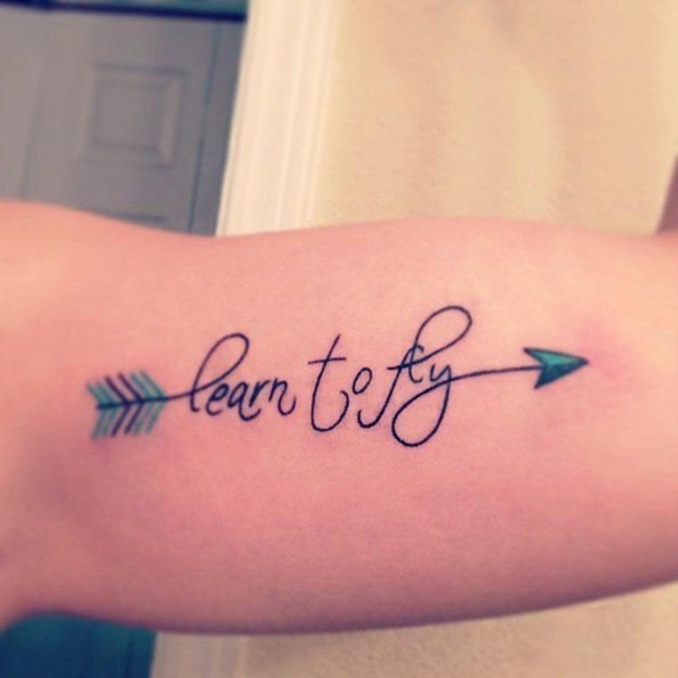 tatuaje-de-flecha-con-cita