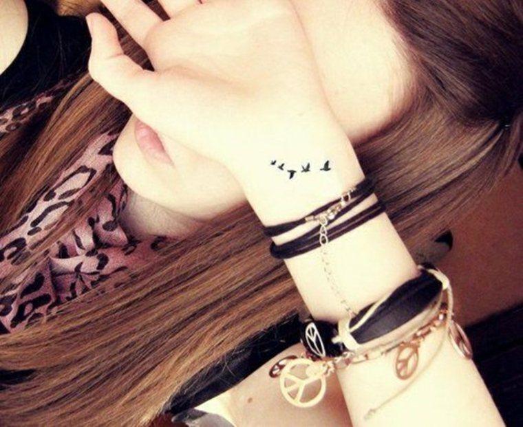 tatuajes pequeños para mujer aves