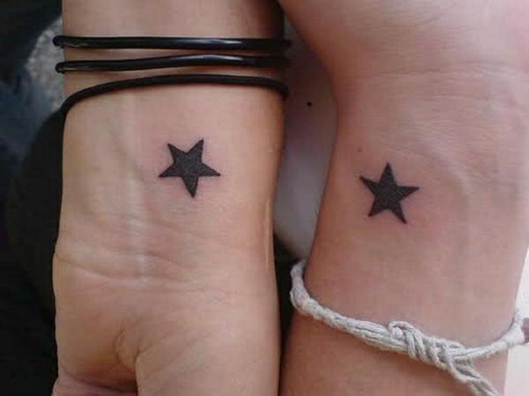 tatuajes pequeños para mujer puzle