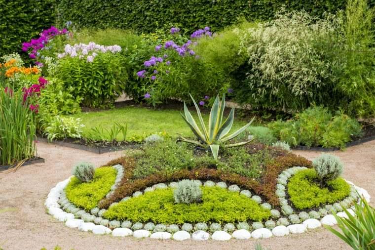 tipos-de-sistemas-riego-jardines-bellos