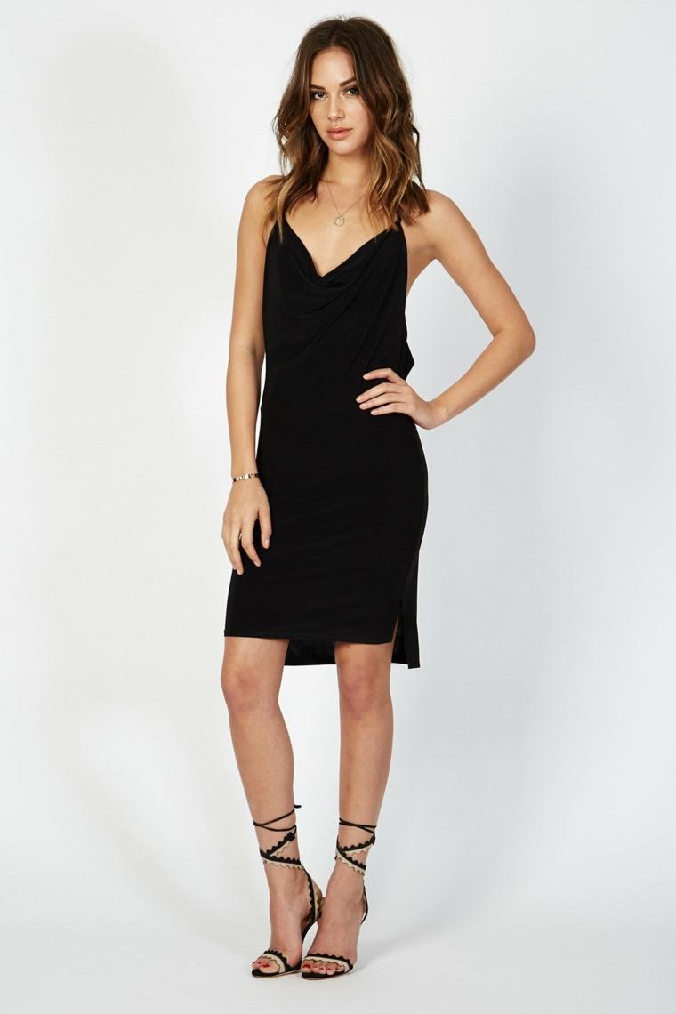 Donna-Mizani-vestido-corto-negro