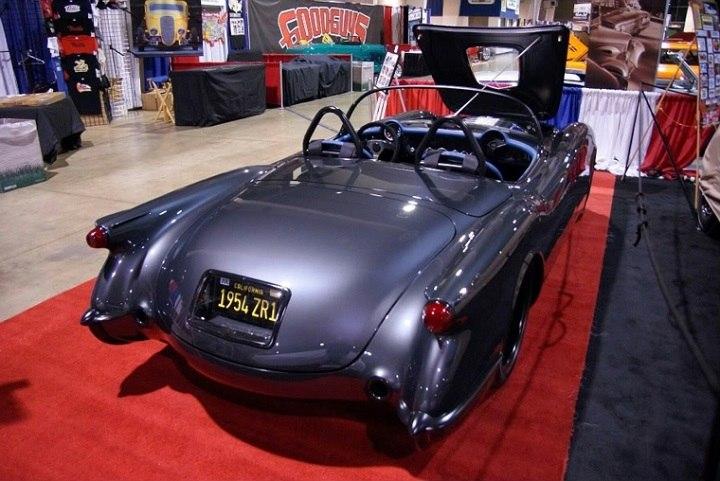 auto-custom-lujo-moderno