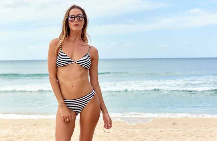 bikinis de moda-mujeres-roxy