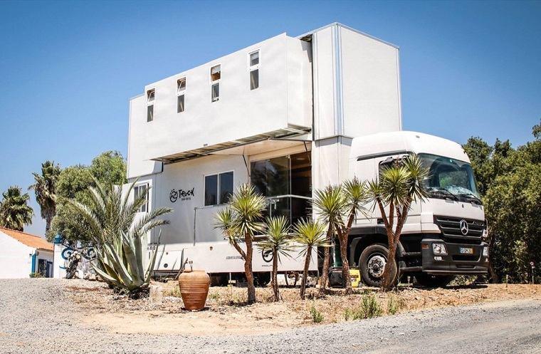 camion-convertido-hotel-ruedas-atractivo