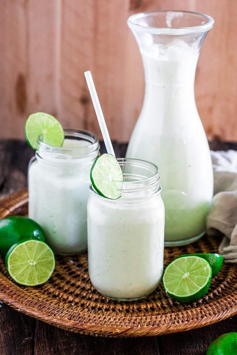 cocteles-sin-alcohol-recetas-limonada-coco