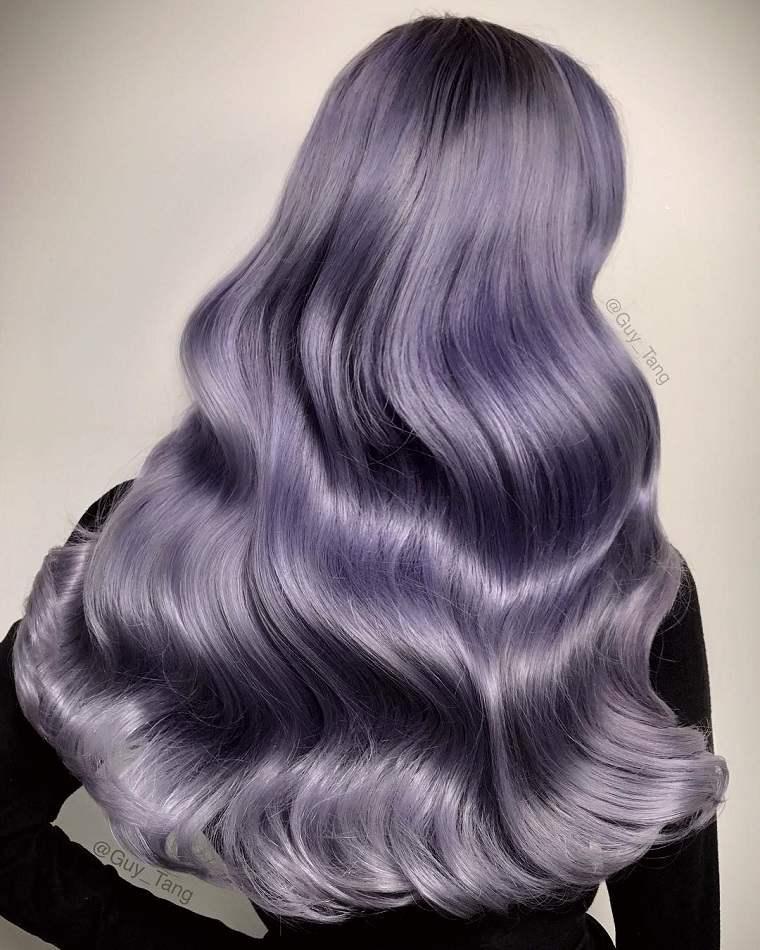 colores-de-cabello-de-moda-2018-ideas-purpura-claro