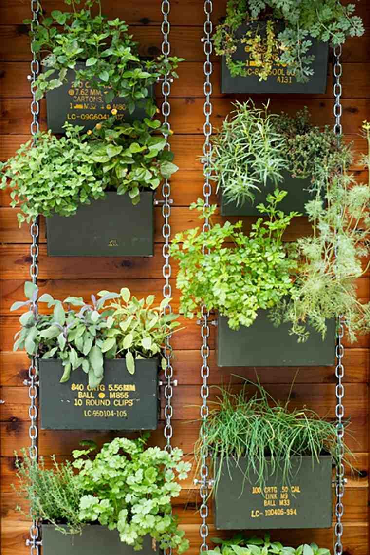 como hacer un jardin-vertical-cadenas