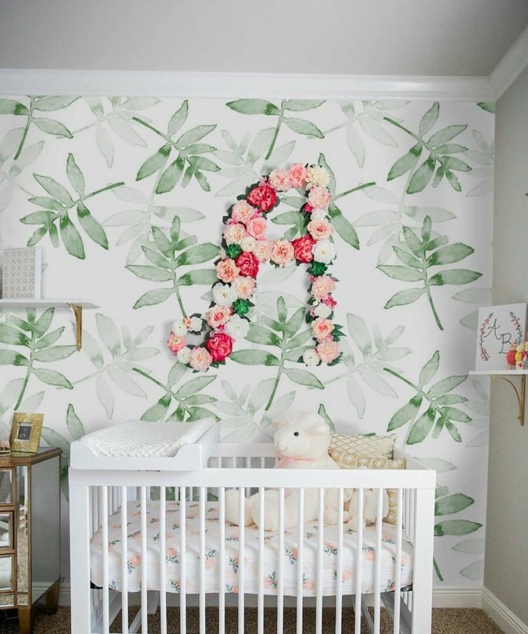 decoracion-de-cuarto-de-bebe-estilo-tropical-cuna-blanca