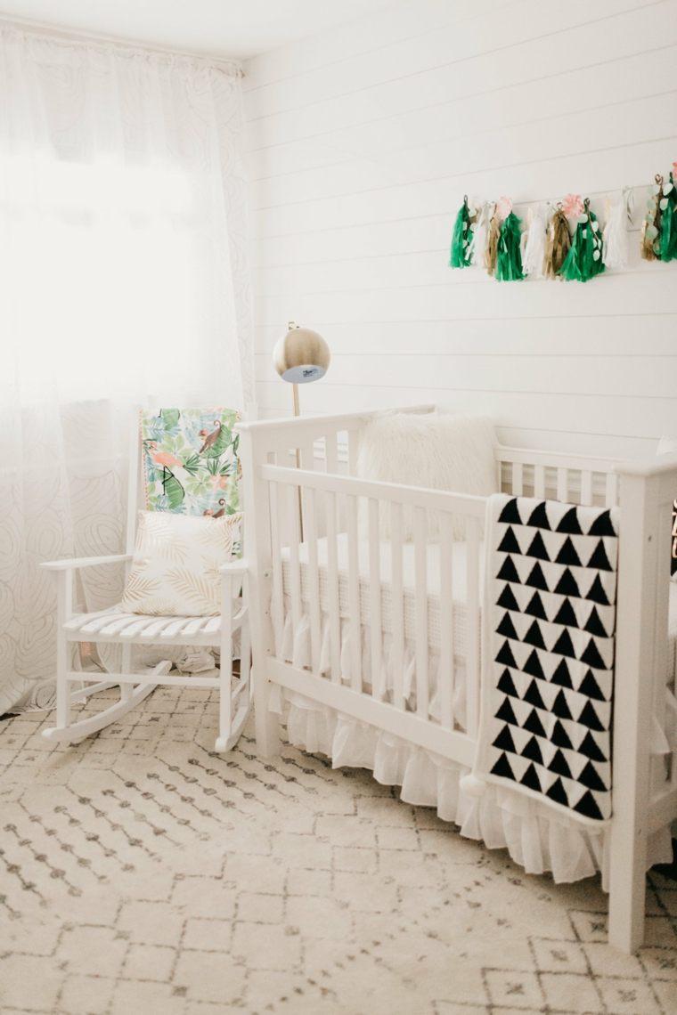 decoracion-de-cuarto-de-bebe-estilo-tropical-detalles-pequenos