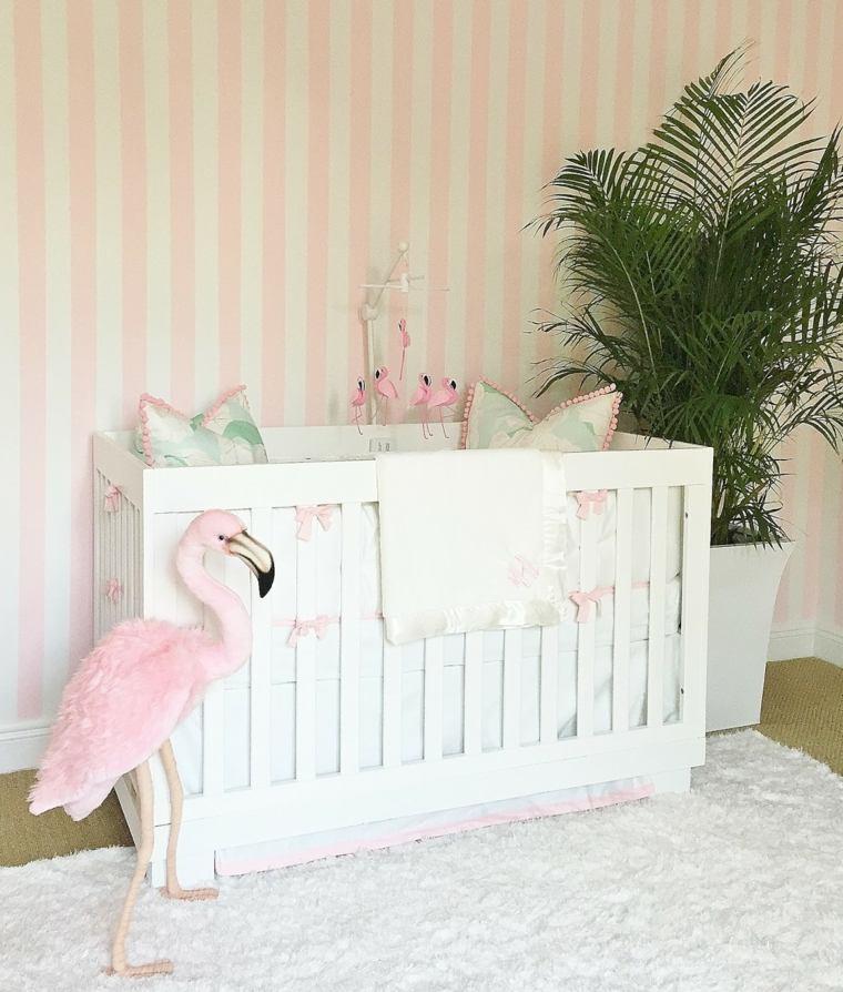 decoracion-de-cuarto-de-bebe-estilo-tropical-planta-flamingo
