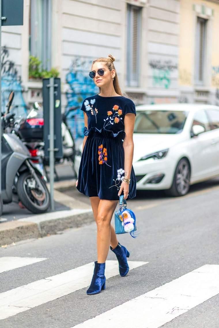 estilo-moderno-vestido-manga-larga-ideas