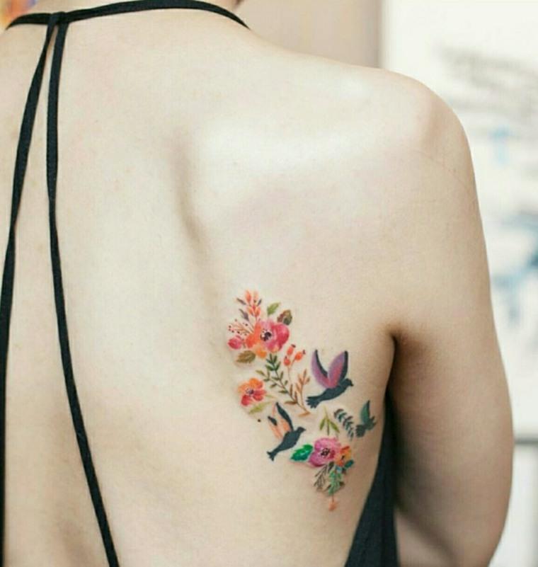 tattoo de flores y aves