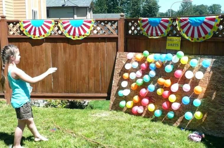 jugar a los Dardos con globos