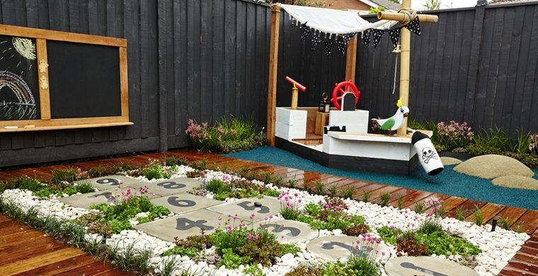 construir un parque infantil en el patio