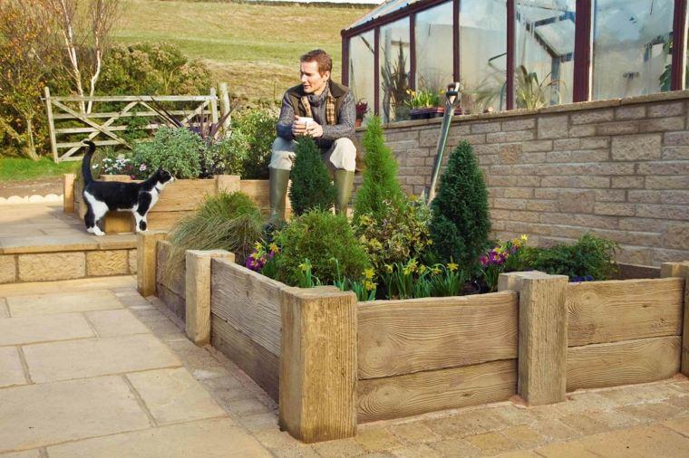 jardines con jardineras de madera