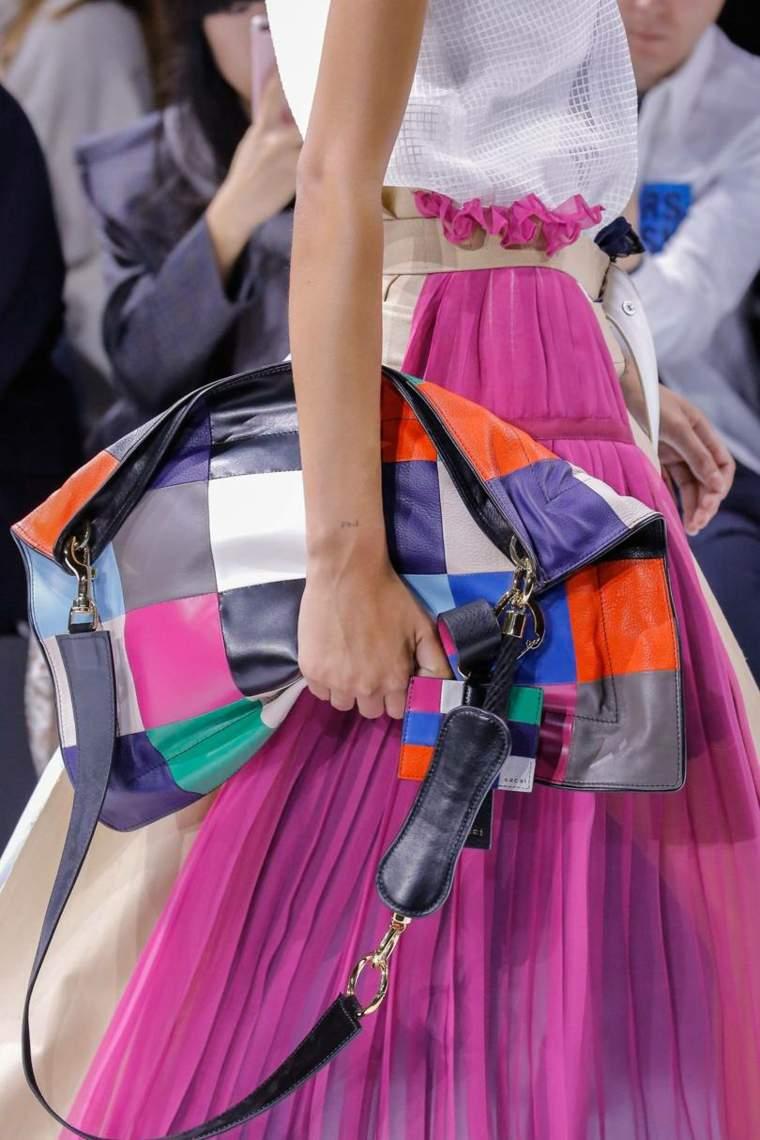 moda-actual-verano-esenciales-bolsos-Giambattista-Valli-ideas