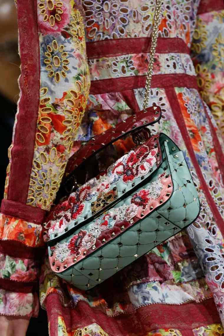moda-actual-verano-esenciales-bolsos-Stella-McCartney-estilo