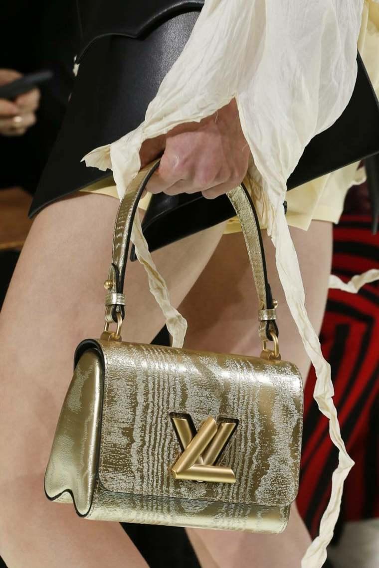moda-actual-verano-esenciales-bolsos