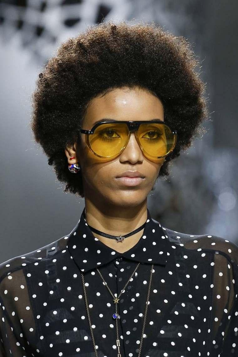 moda actual-verano-esenciales-gafas-sol-Maison-Margiela